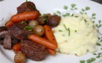 Slow-Cooker-Beef-Bourguignon