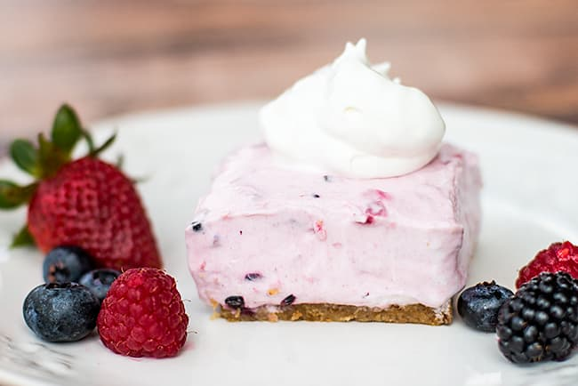No-Bake Berry Smoothie Cheesecake - This recipe uses many LIGHTER ...