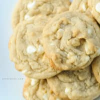 white-chocolate-macadamia-nut-cookies1