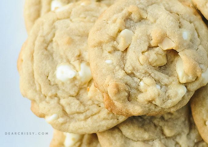 white-chocolate-macadamia-nut-cookies1