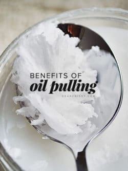 Benefits of oil pulling - find out why this ancient practice is still an amazing way to improve oral and overall health!