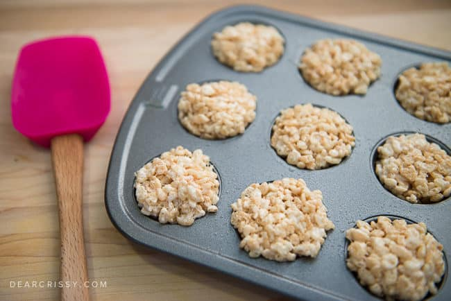 Rice Krispies Treats Cupcakes - Loving this fun spin on the classic Rice Krispies Treats recipe. Mold your treats into mini cupcakes and frost!