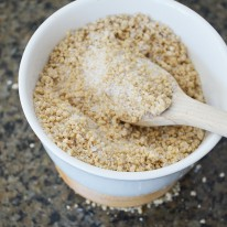 DIY Honey Oat Epsom Salt Soak - Enjoy the soothing and healing properties of Epsom salts, honey and oatmeal in this easy to make bath soak.