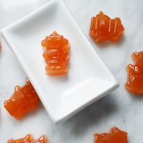 Homemade Vitamin C Gummies - Give your immune system a boost with these delicious and easy to make DIY gummies! Perfect for kids and adults who love citrus!