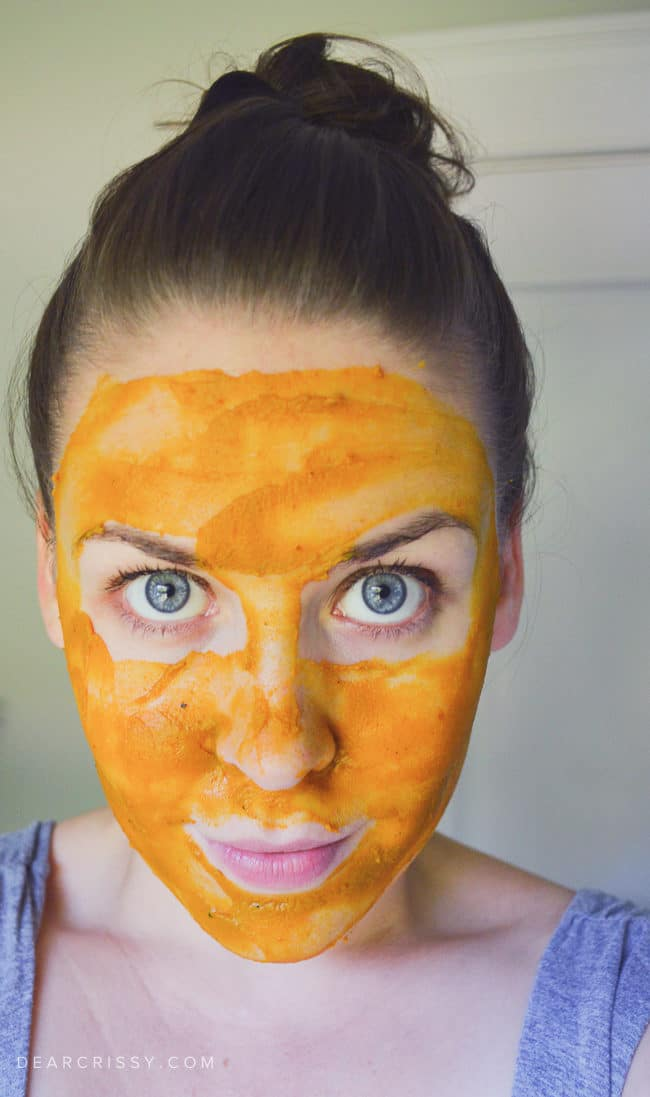 Pumpkin Face Mask Recipe - Treat your skin to this brightening pumpkin face mask!