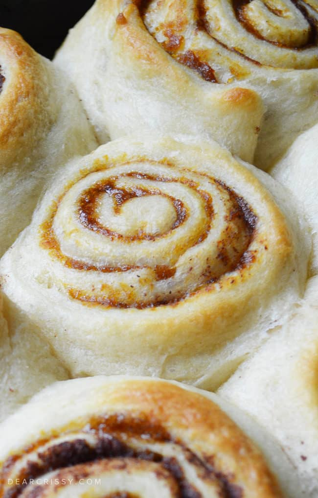 Pumpkin Cinnamon Rolls - This quick and easy dessert is simple to make in just about 25 minutes using a secret ingredient!
