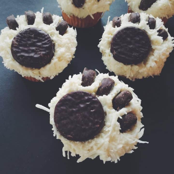 Polar Bear Paw Print Cupcakes