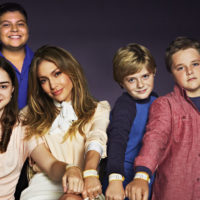 For-Web-Jennifer-Lopez-and-Miracle-Kids