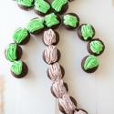 palm-tree-cupcake-cake