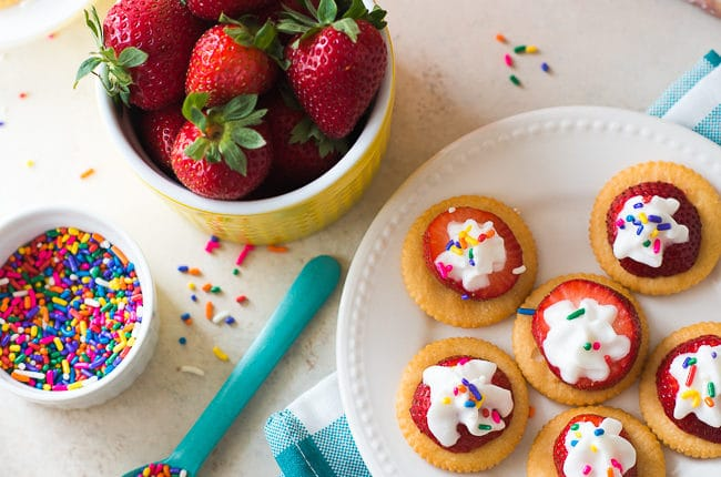 ritz-strawberry-bites-1