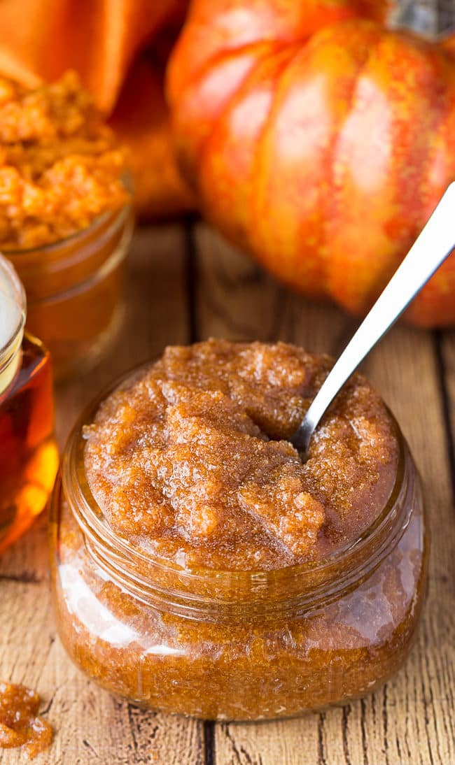 Maple Pumpkin Sugar Scrub - This homemade sugar scrub recipe will leave your skin feeling smooth and smelling absolutely delicious.