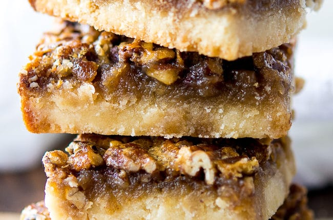 Chewy Pecan Pie Bars Recipe - These chewy pecan pie bars are an absolutely addictive dessert!