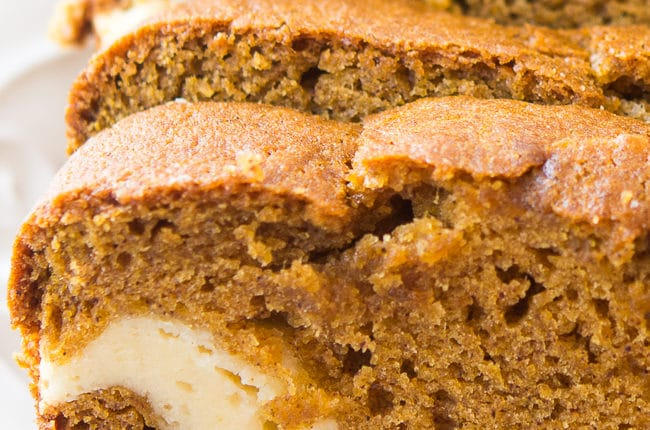 Cream Cheese Filled Pumpkin Bread - This delicious and moist pumpkin ...