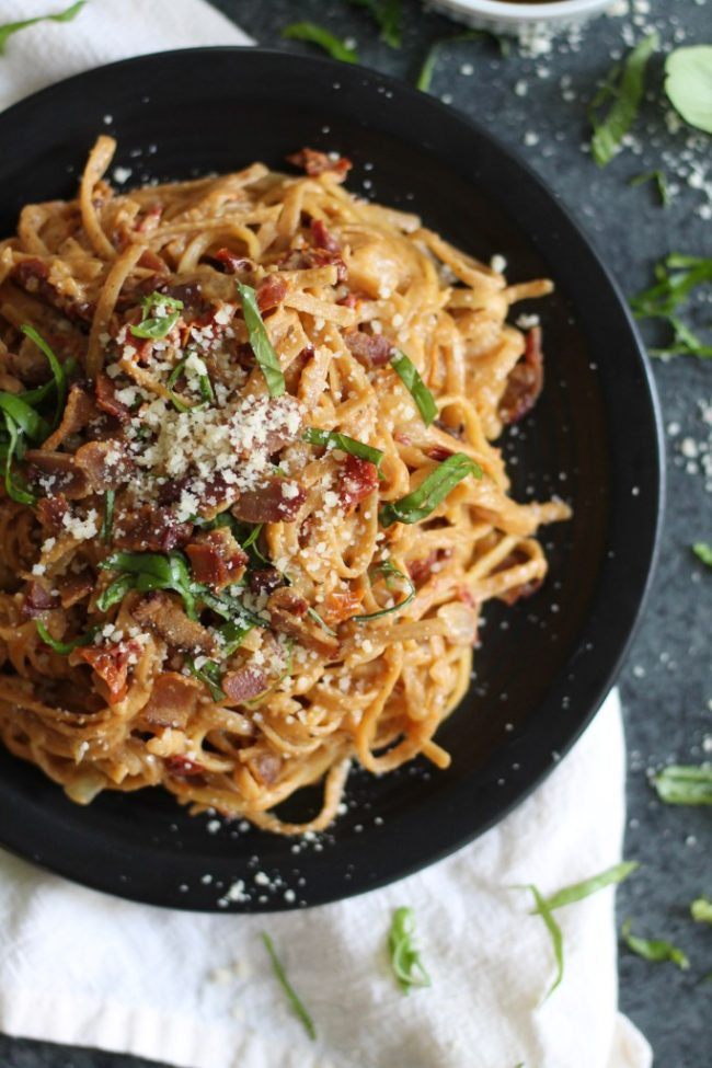 Creamy Sundried Tomato and Bacon Pasta Recipe