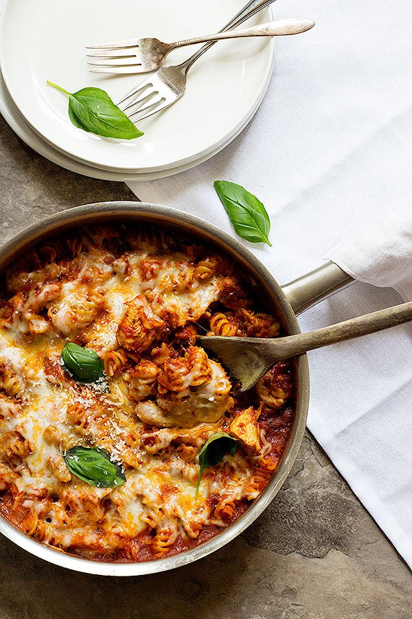 One Pan Chicken Parmesan Pasta Recipe