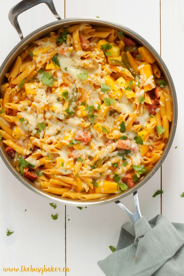 Cheesy One-Pot Hawaiian Pizza Pasta Recipe
