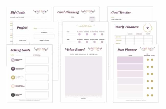 Free Printable Blogging Planner - Organize posts, track goals and plan your workdays with this pretty undated printable free blog planner!