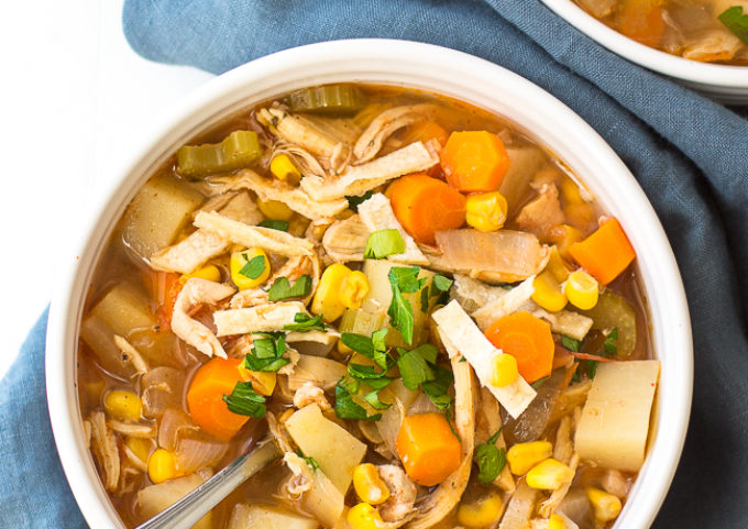 Oct 03, · Mix the curry paste, coconut milk, chicken stock, fish sauce, brown sugar and peanut butter in a /2 to 6-quart slow-cooker bowl. Place the chicken breast, red bell pepper, onion and ginger in the slow cooker, cover and cook on high for 4 hours/5(9).