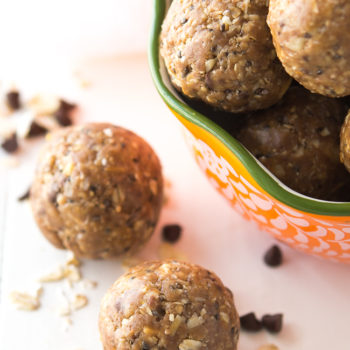 Peanut Butter Protein Bites Recipe | Energy Bites | Energy Balls | No Bake Protein Balls | Chocolate
