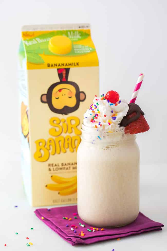 Banana Split Smoothie Recipe - This yummy and fun banana split smoothie is a delightful treat for the entire family!