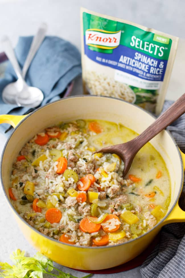 Ground Turkey and Rice Soup Recipe - This hearty veggie, turkey and rice soup is an easy family dinner idea. #groundturkey #turkey #soup #comfortfood
