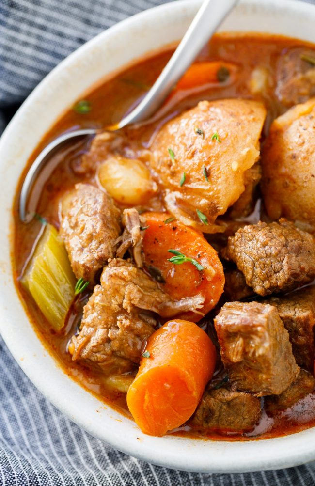 Instant Pot Beef Stew Recipe - This easy pressure cooker beef stew is a hearty family meal that tastes AMAZING!