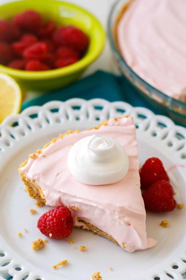 No-Bake Pink Lemonade Pie Recipe