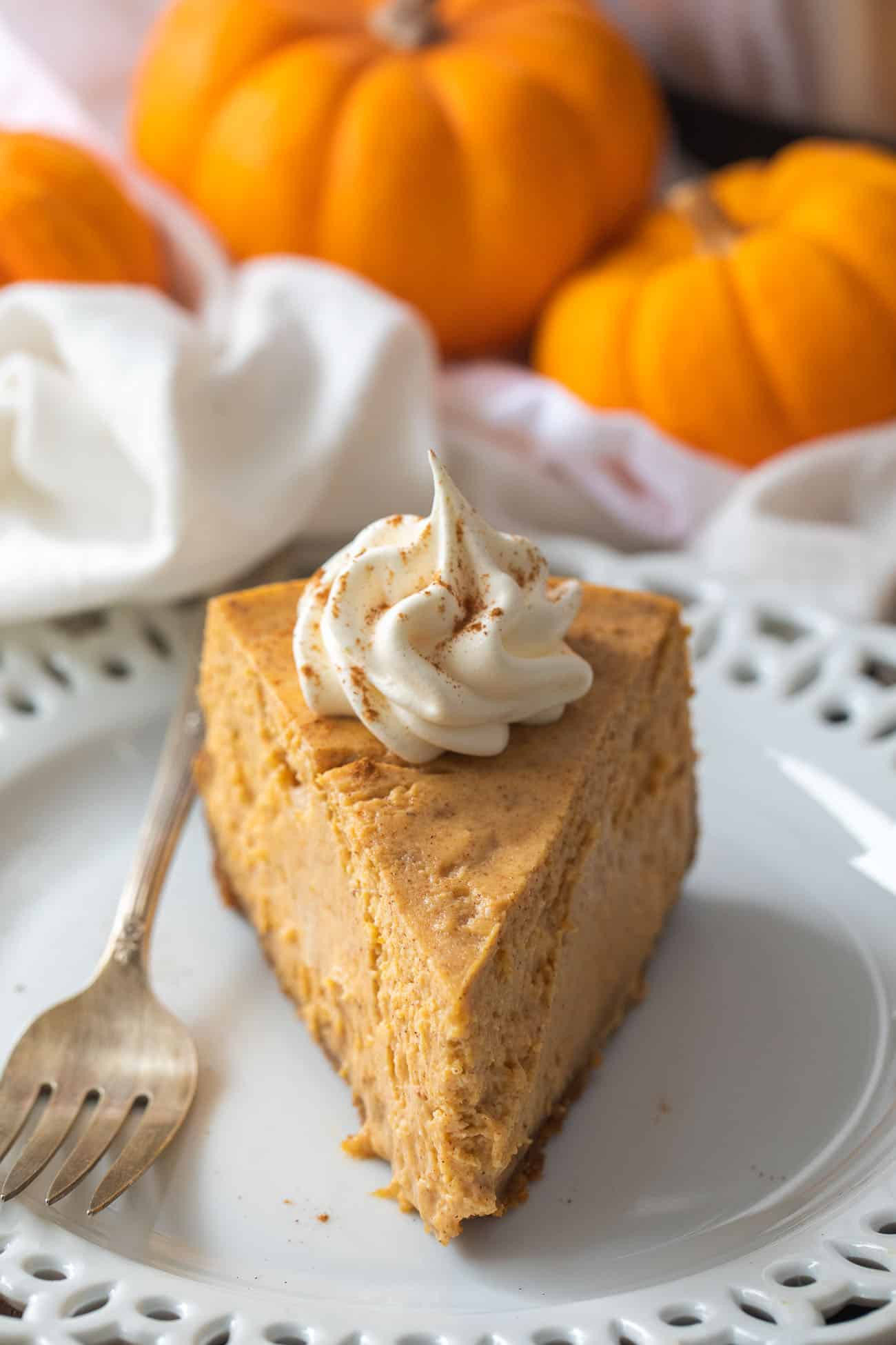 Pressure Cooker Pumpkin Cheesecake Recipe - this easy pressure cooker cheesecake is loaded with creamy pumpkin spice flavor!