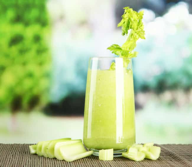 Amazing Celery Juice Benefits for Clear Skin, Acne, Digestion, Inflammation, Healthy Gut and Weight Loss! Benefits of Celery Juice #CeleryJuice #Healthy