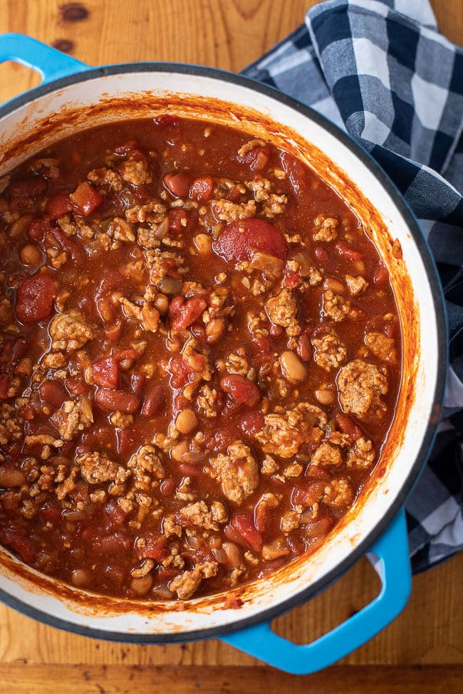 Ground Pork Chili Recipe - This easy pork chili is full of flavor. It's the best chili recipe ever!