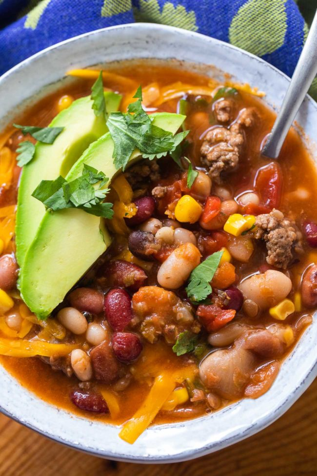 15 Bean Taco Soup Recipe - easy and comforting 15 bean soup recipe #15beansoup #beans #recipe