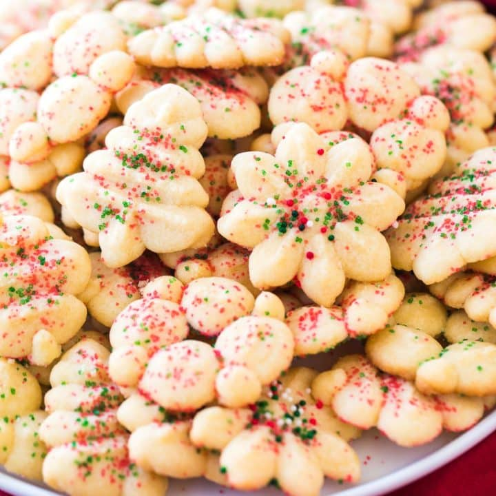 Holiday Spritz Cookies Recipe - These easy Christmas spritz cookies are a wonderfully tasty classic! #Holiday #Christmas #Cookies #Spritz